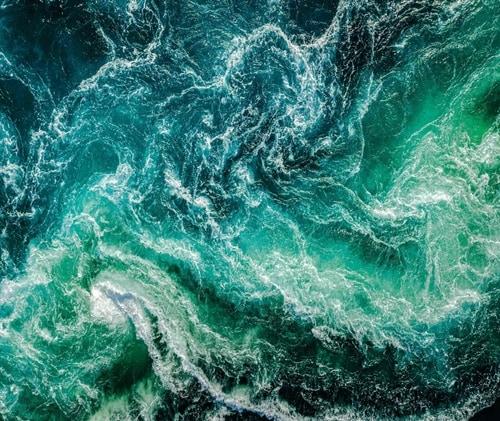 Blue_Sea_Waves