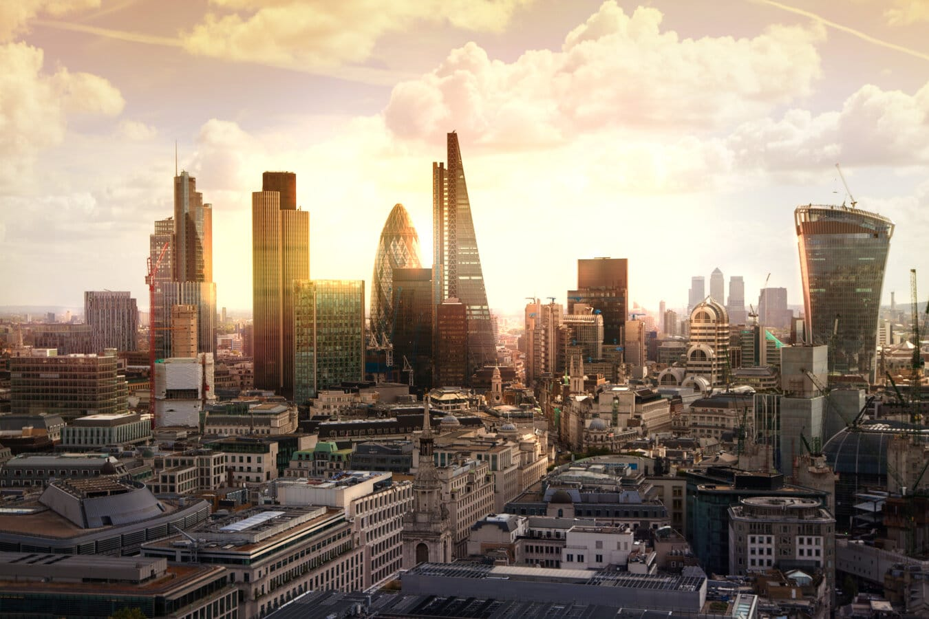London_skyline_sunset