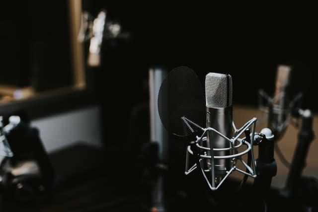 Studio_microphones